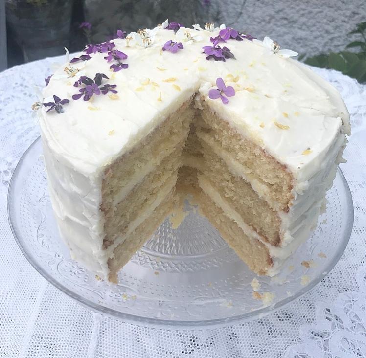 Lemon and elderflower cake 2